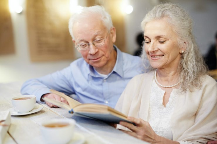Reading on retirement after having been explained Medicare